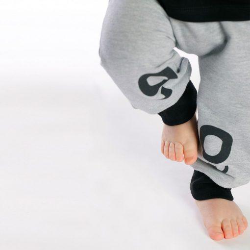 "Set poleras + pantalón ""Little Foot"""
