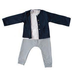 Set blusa puntitos, pantalón gris y chaleco azul marino