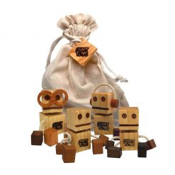 Set 4 WoodFriend natural Craft Toys