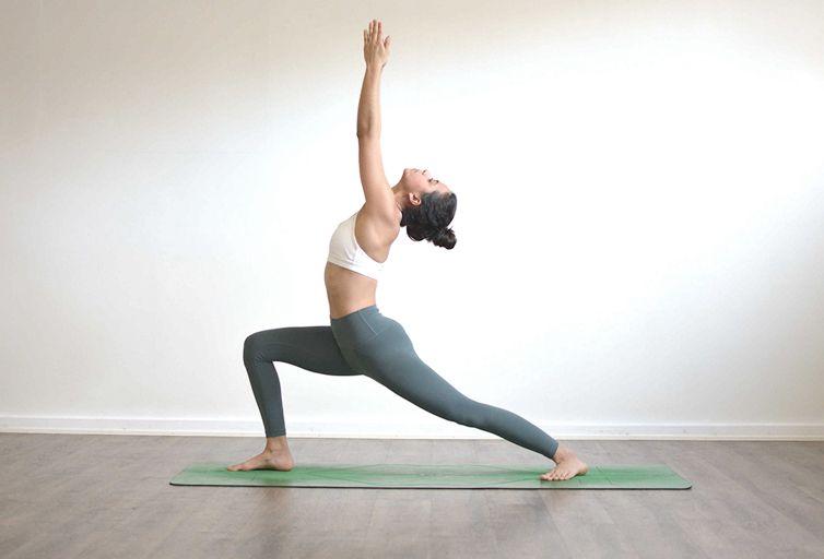 yoga embarazada Virabhadrasana 1